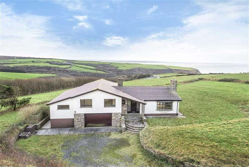 5 Bedrooms Detached House for sale in Woodford, Bude, Cornwall, EX23