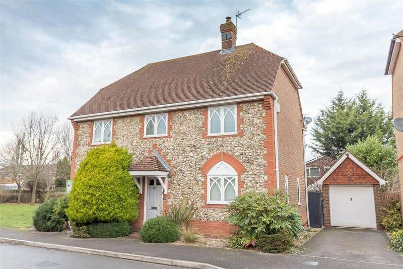 5 Bedrooms Detached House for sale in East Park Farm Drive, Charvil, Reading