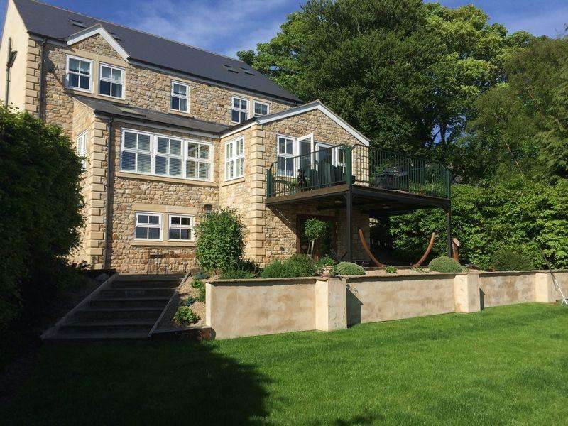 6 Bedrooms Detached House for sale in West End, Bishop Auckland