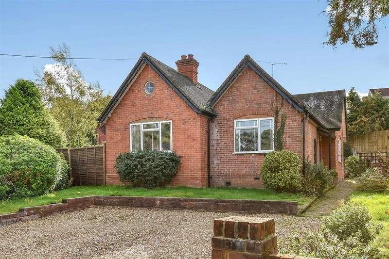 3 Bedrooms Detached Bungalow for sale in Longdown Road, Sandhurst, Berkshire, GU47 8QG