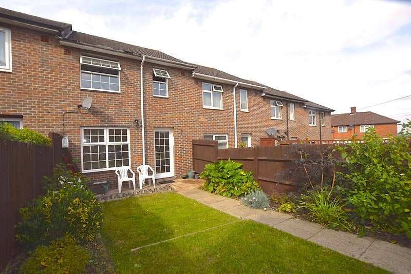 3 Bedrooms Terraced House for sale in Castleton Road, London, London, SE9