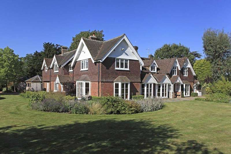 5 Bedrooms Detached House for sale in Pootings Road, Crockham Hill, Edenbridge, TN8