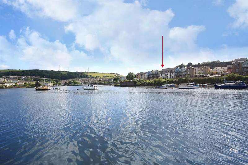 3 Bedrooms End Of Terrace House for sale in Barton Road, Hooe, Plymouth