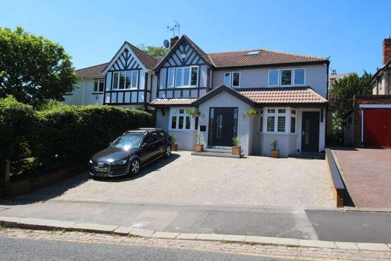 6 Bedrooms Semi Detached House for sale in York Road, New Barnet, New Barnet