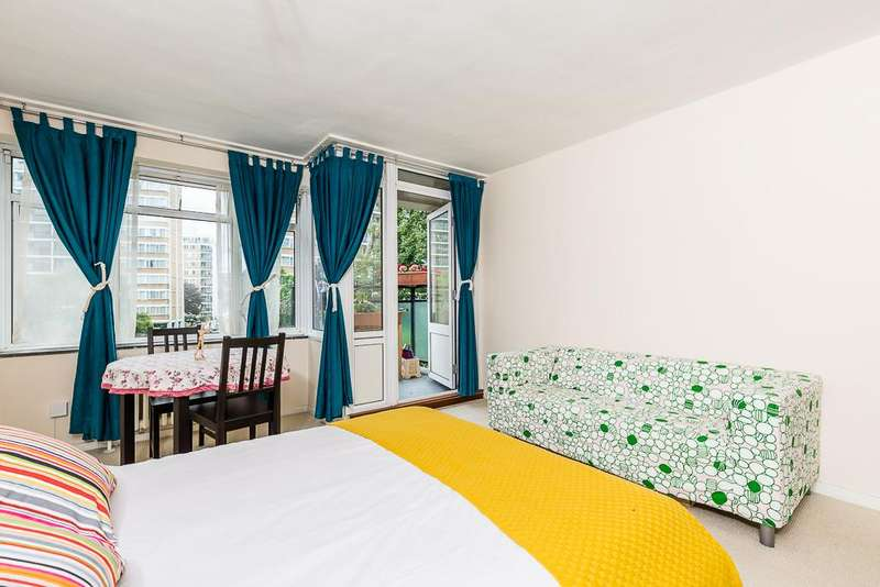 2 Bedrooms Flat for sale in Churchill Gardens, Lodon SW1V