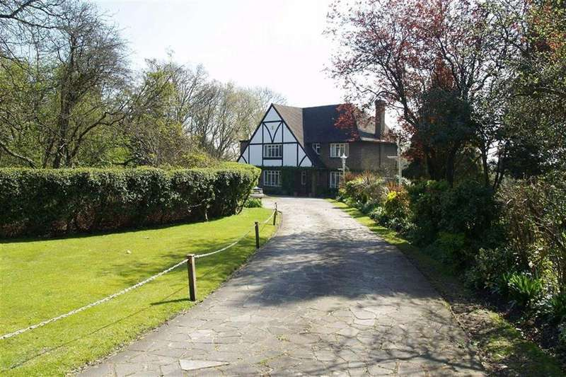 4 Bedrooms House for sale in The Ridgeway, Potters Bar, Hertfordshire
