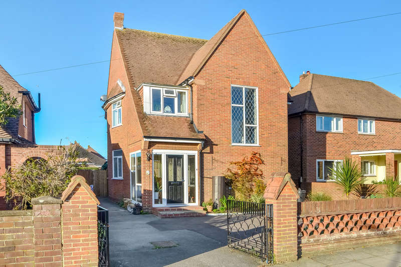 3 Bedrooms Detached House for sale in Drayton, Hampshire