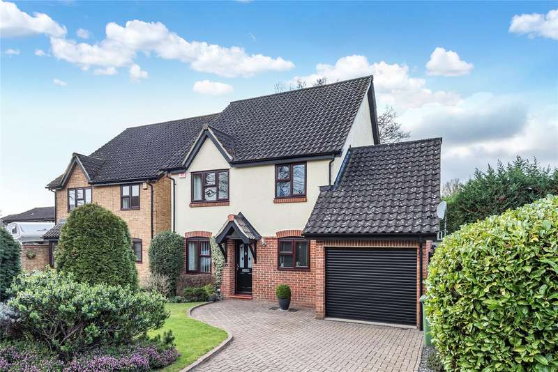 4 Bedrooms Detached House for sale in Wyvern Close, Bracknell, Berkshire, RG12