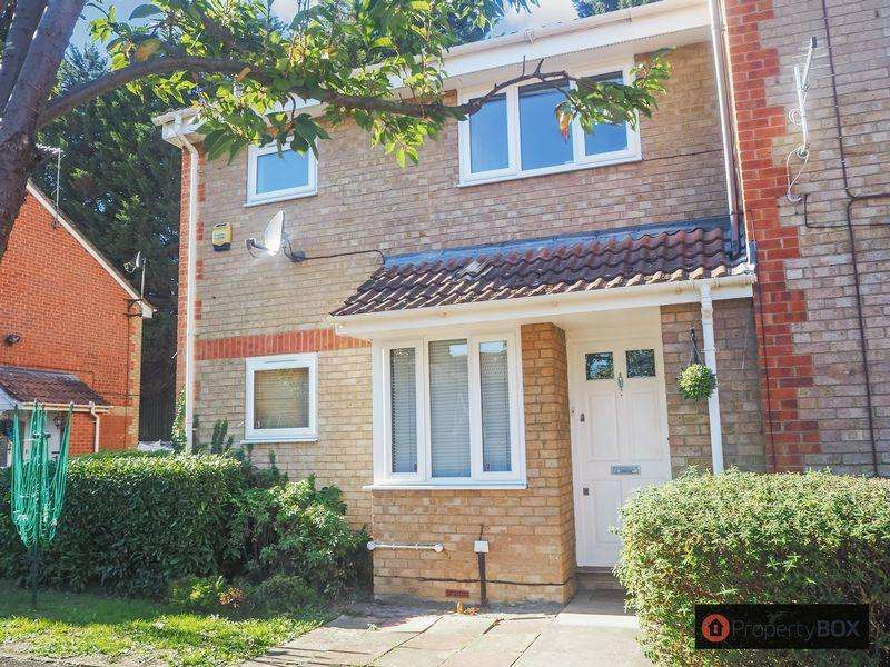 1 Bedroom Cluster House for sale in Maplin Park, Langley