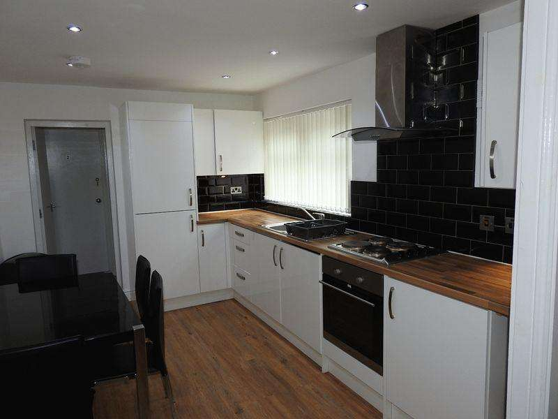 5 Bedrooms Terraced House for sale in Grange Road, Middlesbrough