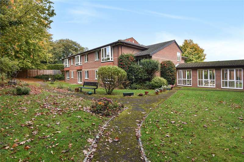 1 Bedroom Apartment Flat for sale in Oak Lodge, New Road, Crowthorne, Berkshire, RG45