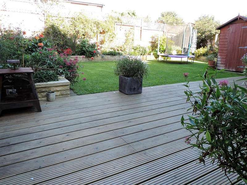 4 Bedrooms Detached House for sale in Portslade