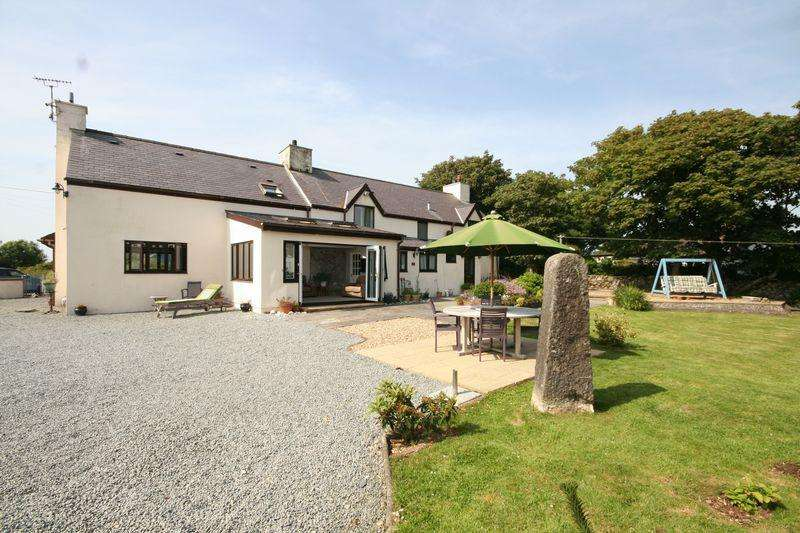 4 Bedrooms Detached House for sale in Llanfaelog, Anglesey