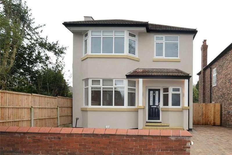 4 Bedrooms Detached House for sale in Sandy Lane, STRETFORD, Manchester, M32