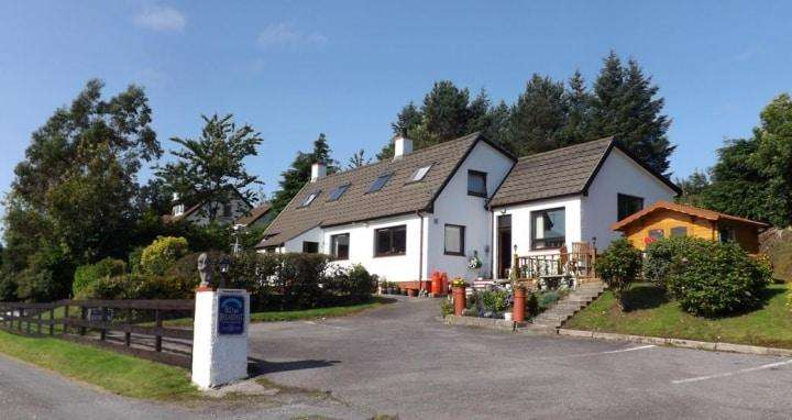 6 Bedrooms Detached House for sale in Sealladh Na Mara