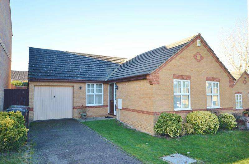 3 Bedrooms Detached Bungalow for sale in Hempland Close, Great Oakley