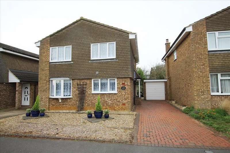 4 Bedrooms Detached House for sale in The Ridgeway, Potton, SG19