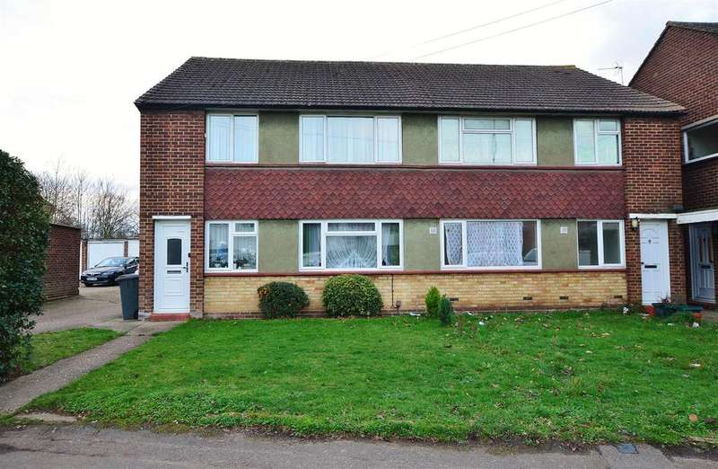 2 Bedrooms Maisonette Flat for sale in Common Road, Langley