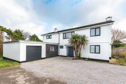 4 Bedrooms Detached House for sale in St.Ives, Cornwall