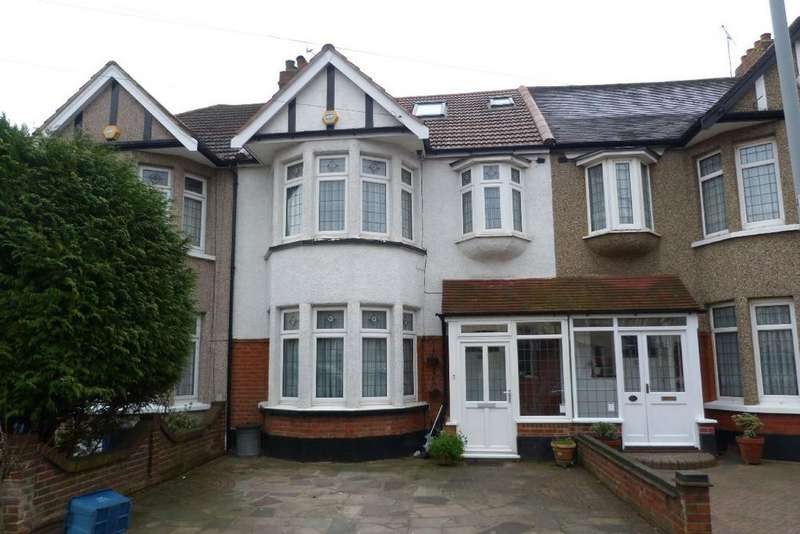 5 Bedrooms Terraced House for sale in Kenwood Gardens, Gants Hill, Ilford, Essex IG2