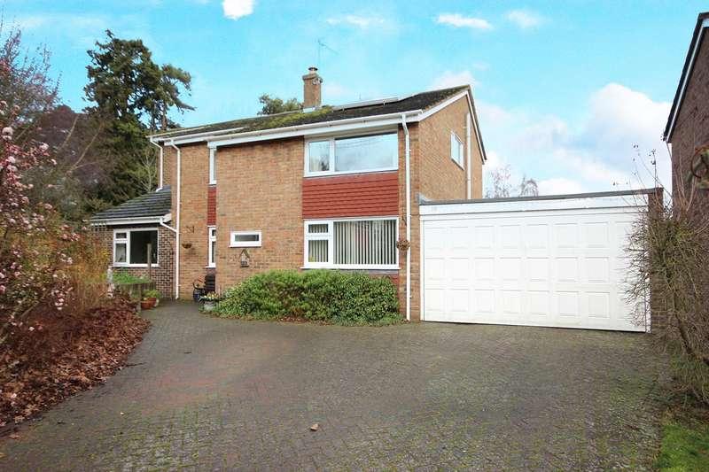 4 Bedrooms Detached House for sale in Verne Drive, Ampthill, Bedfordshire, MK45