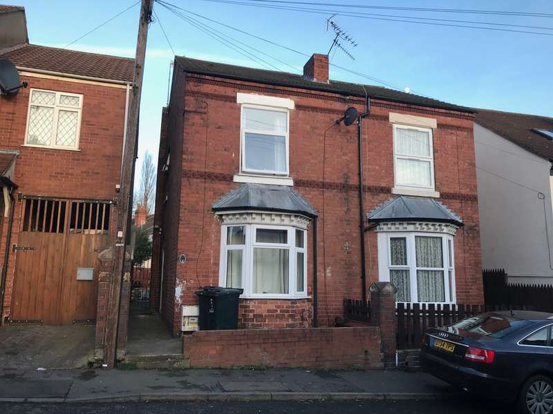 House for sale in Dingle Close, Dudley