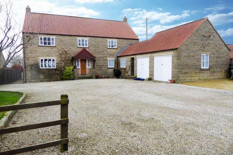 5 Bedrooms Village House for sale in Ilex House, Main Street, Fadmoor, YO62 7HY