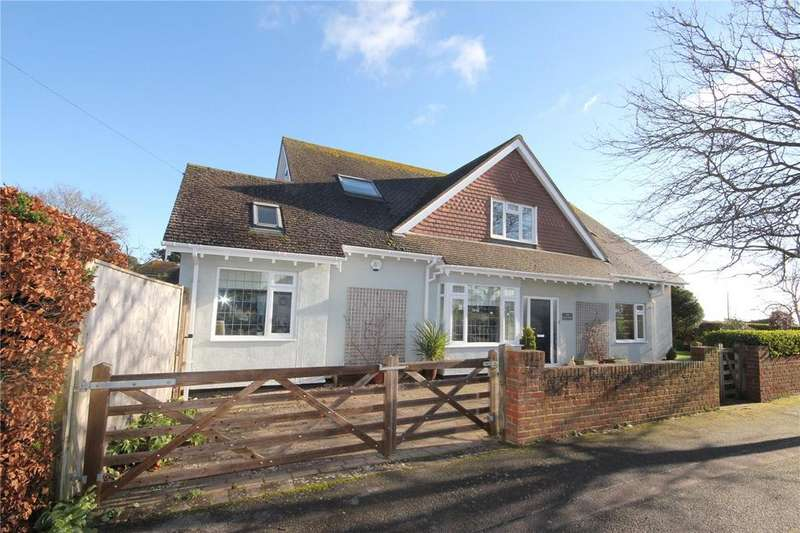 3 Bedrooms Detached Bungalow for sale in Avon Run Road, Friars Cliff, Christchurch, Dorset, BH23