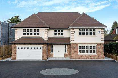 6 Bedrooms Detached House for sale in Worlds End Lane, Orpington