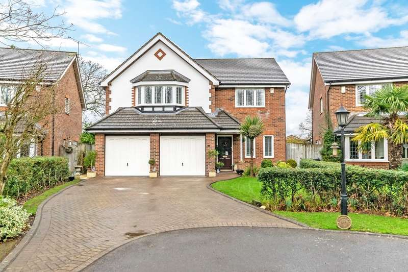 5 Bedrooms Detached House for sale in Stapleton Court, Frodsham, WA6
