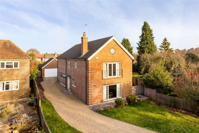 6 Bedrooms Detached House for sale in Farthings Hill, Horsham, West Sussex, RH12