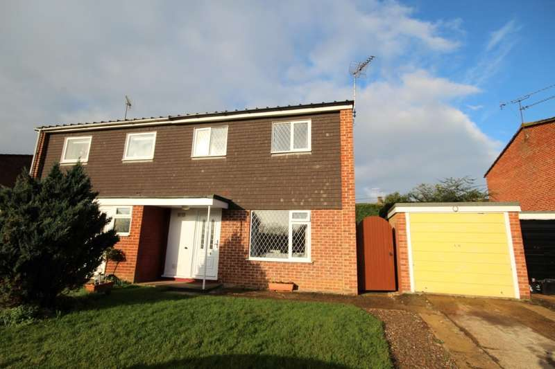 3 Bedrooms Semi Detached House for sale in Middlefields, Twyford, RG10