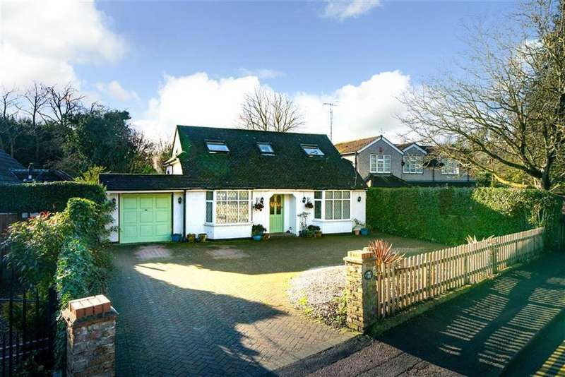 4 Bedrooms Detached Bungalow for sale in Oakwood Road, St Albans, Hertfordshire