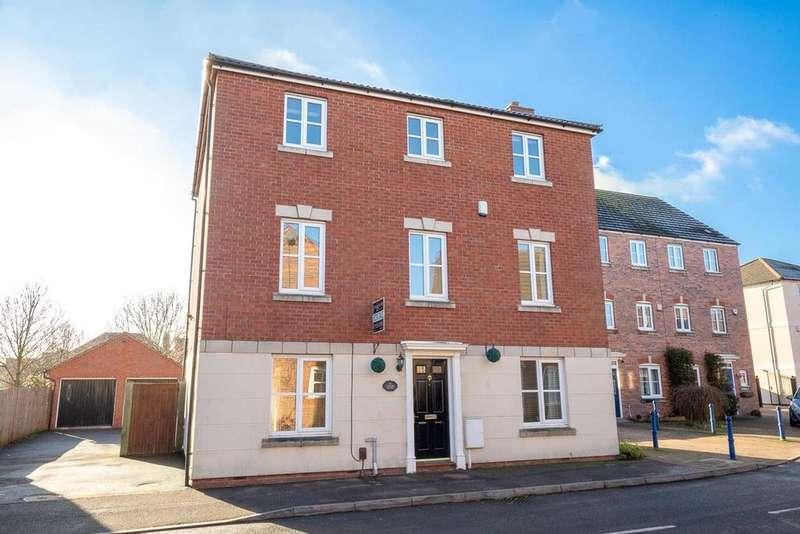 6 Bedrooms Detached House for sale in Costard Avenue, Warwick, Warwickshire