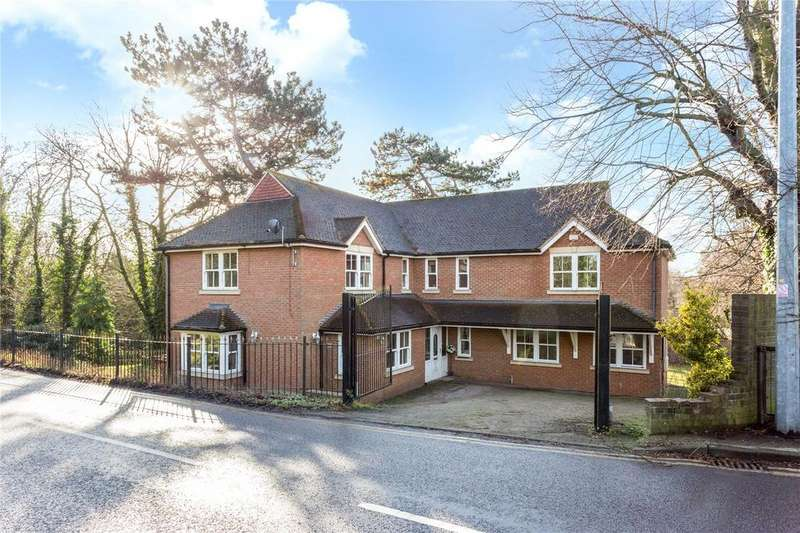 5 Bedrooms Detached House for sale in Arbour Lane, Chelmsford, CM1