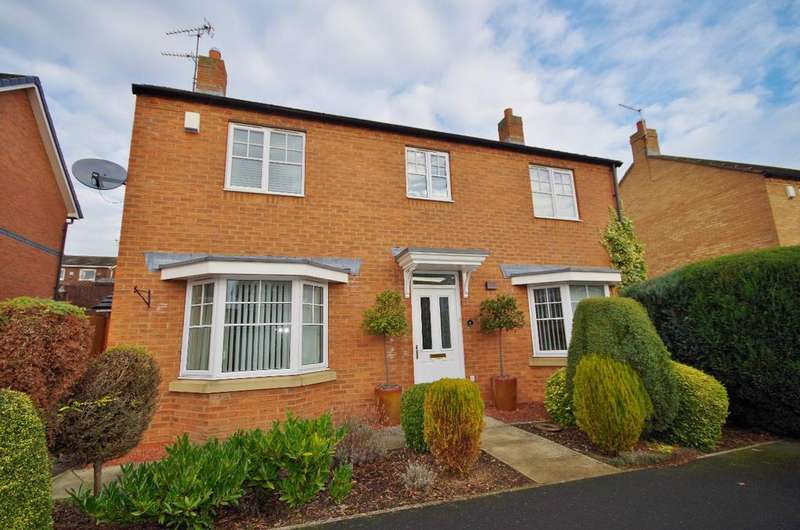 4 Bedrooms Detached House for sale in Nairn Close, The Broadway, SR4