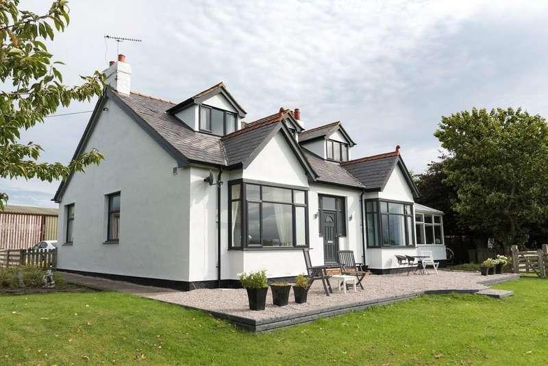 5 Bedrooms Detached Bungalow for sale in Bodelwyddan Road, Rhuddlan