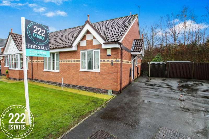 2 Bedrooms Bungalow for sale in Blackley Close, Latchford, Warrington, WA4