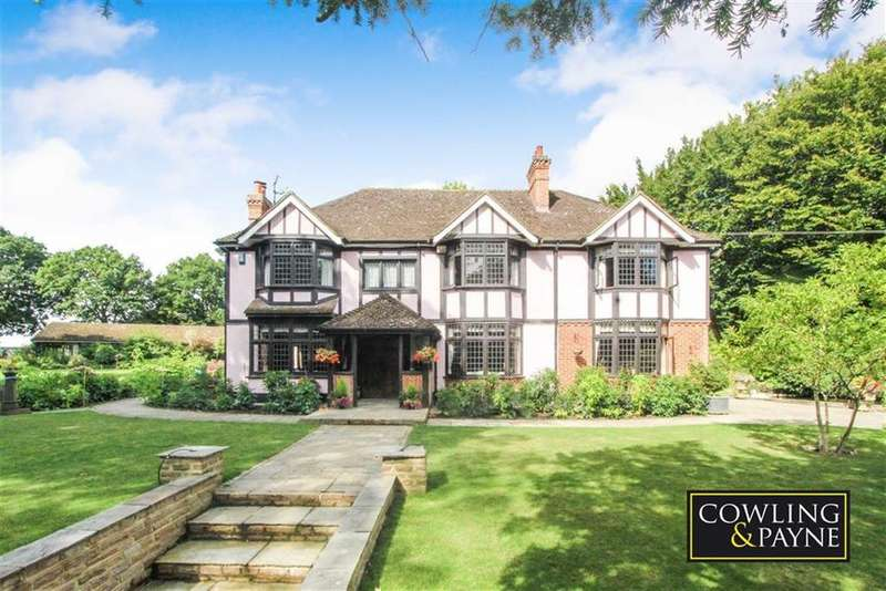 5 Bedrooms Detached House for sale in Brock Hill, Wickford, Essex