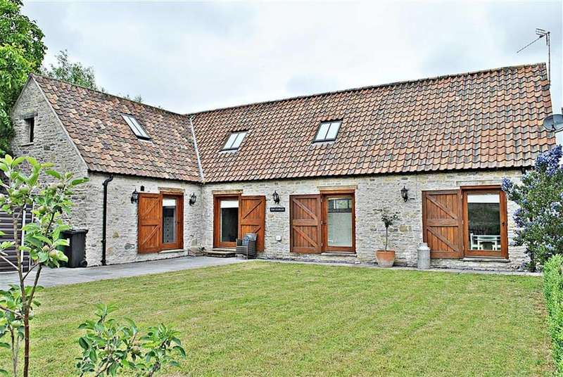 4 Bedrooms Detached House for sale in Court Farm, Pucklechurch, Bristol