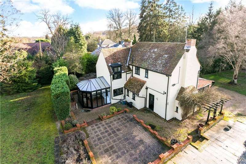 4 Bedrooms Detached House for sale in Old Fishery Lane, Hemel Hempstead, Hertfordshire, HP1