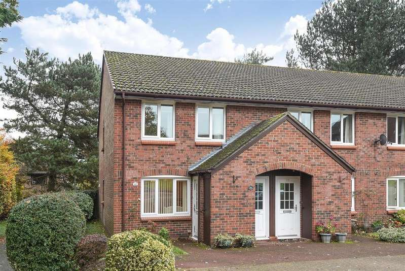 1 Bedroom Retirement Property for sale in Acorn Drive, Wokingham, Berkshire RG40 1EQ