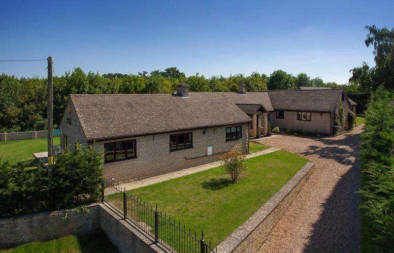 4 Bedrooms Detached Bungalow for sale in Station Road, South Leigh, Witney, Oxfordshire, OX29