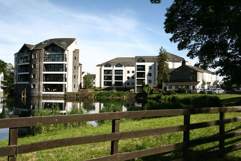 3 Bedrooms Apartment Flat for sale in 2 Dockernook, Cowan Head, Burneside, Kendal, LA8 9HY