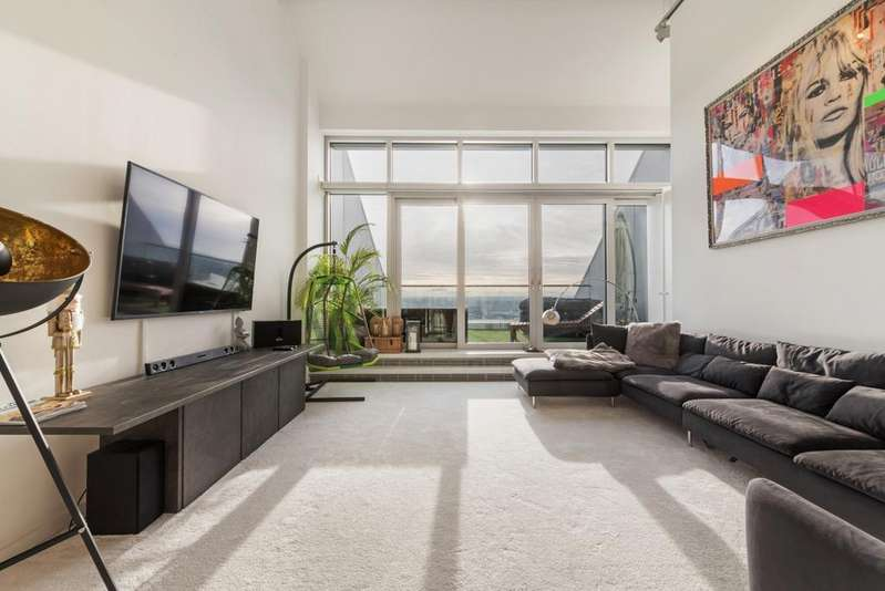 2 Bedrooms Apartment Flat for sale in Ontario Tower, Fairmont Avenue, Canary Wharf E14