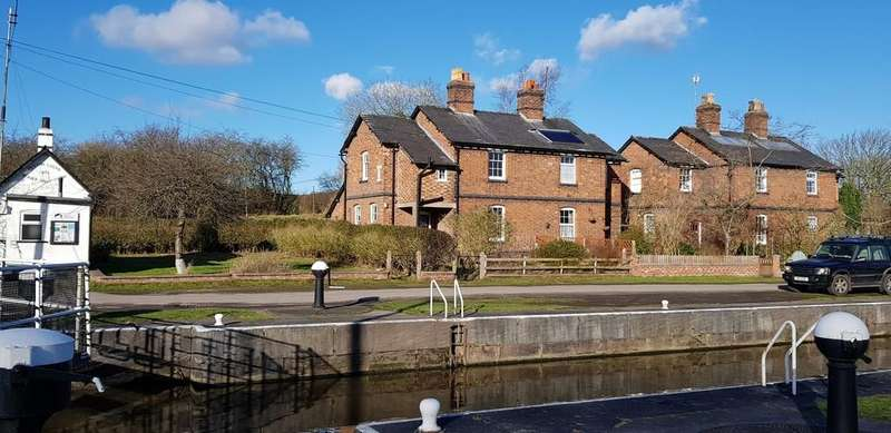 3 Bedrooms Cottage House for sale in Dutton Locks, Acton Bridge