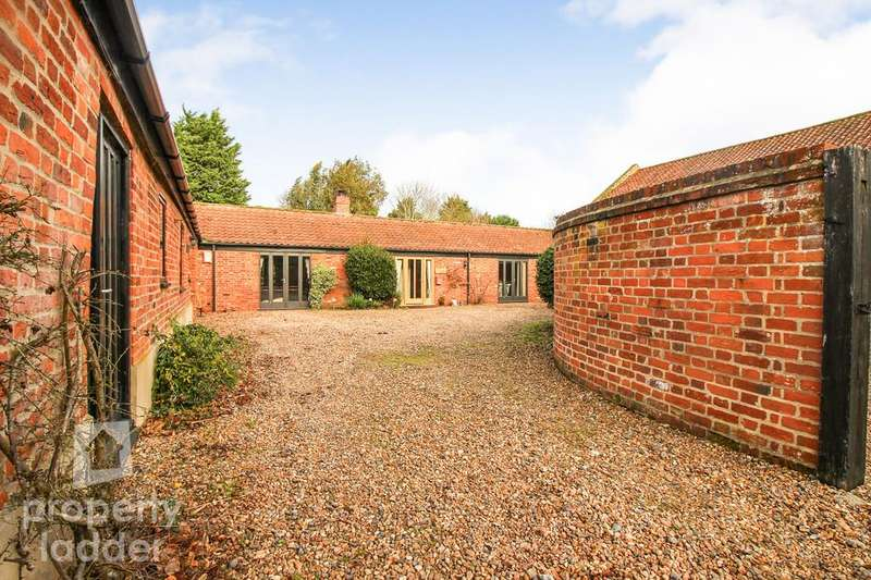 4 Bedrooms Barn Conversion Character Property for sale in Cantley Lane, Norwich