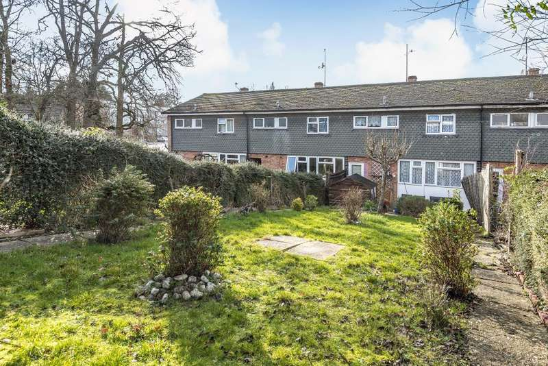 3 Bedrooms House for sale in Windermere Road, Reading, RG2