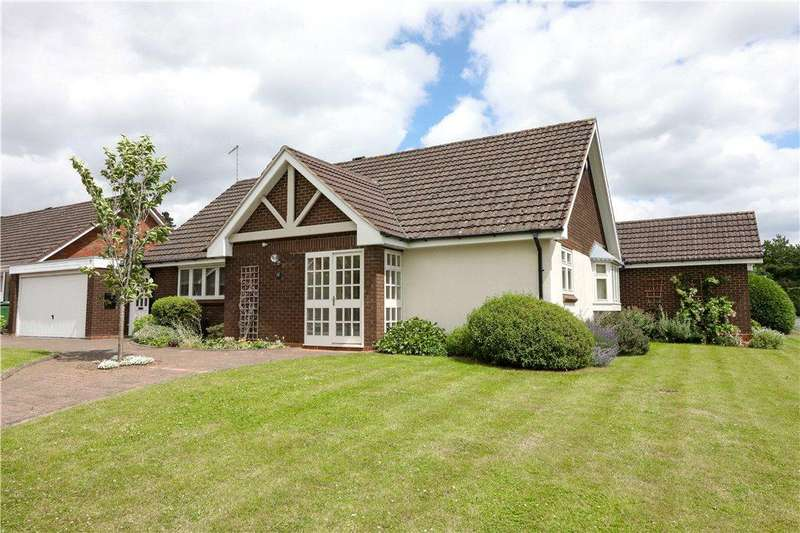 2 Bedrooms Detached Bungalow for sale in Tye Gardens, Pedmore, Stourbridge, West Midlands, DY9