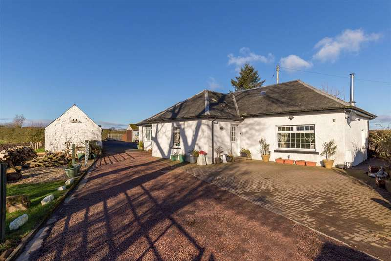 3 Bedrooms Detached House for sale in Pavilion Cottage, By Stewarton, East Ayrshire, KA3